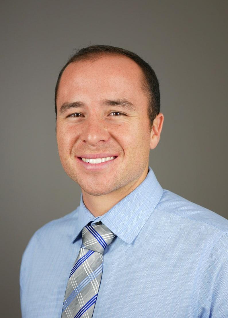 portrait of Dr. Tyler Ramir